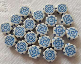 16  White & Delph Blue Etched Ornate Rounded Square Acrylic Beads  11mm