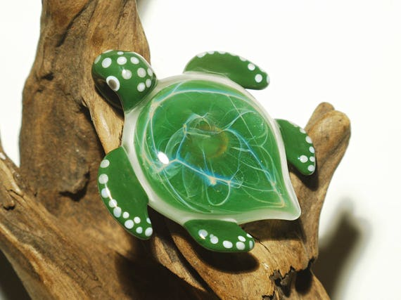 Striking Green Sparkle Turtle - Glass Pendant - Glass Jewellery - Fine Arts - Heady Turtle - Blown Glass - Artist Signed - Free Shipping!