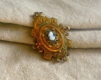Victorian Hardstone CAMEO Sardonyx Mourning LOCKET, Gold Shield Design with Hinged Lidded Front