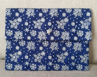 "Pouch makeup woman - stars and snowflakes pattern - collection ""The delicate"" - dark blue and silver"