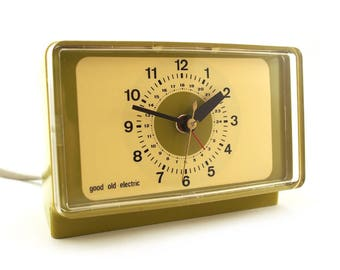 Retro green Clock. Good Old Electric brand. Germany. Table clock, space age, Retro homeware.