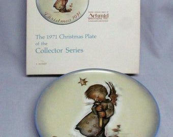 Schmid Sister Berta Hummel Limited First Edition 1971 Christmas Plate - Germany