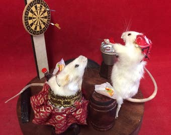 Taxidermy Mice/mouse Display Dart Player Bar Scene-Biker/Anthropomorphic-bat-rat