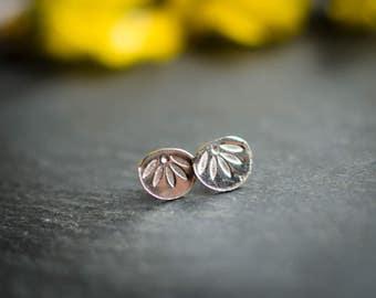 silver ear chip massif (925), flower, round, spring