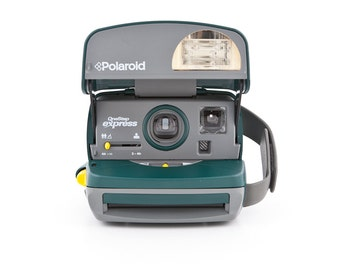 Green Polaroid OneStep Express 600 - Instant Camera Film Tested and Working - 90s Polaroid 600 closeup