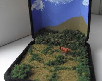 Miniature Diorama * Horse in the Desert * Lovely Handcrafted Meditative PORTABLE Z SCALE Pastoral Scene