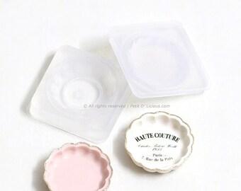 Dollhouse Miniature Mold Plate- Scallop Rim Plate- Push Mold Plate