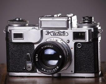 Vintage Camera KIEV-4AM. With original leather case.Rangefinder Film Camera. Working Old Camera. Contax copy.