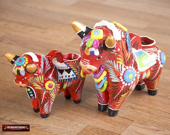 """Red Pucara Bull Set 2 """"Mother & Doughter""""- Hand painted ceramic Sculpture - Peruvian pottery - Ceramic bull figurine - Handpainted Pottery"""