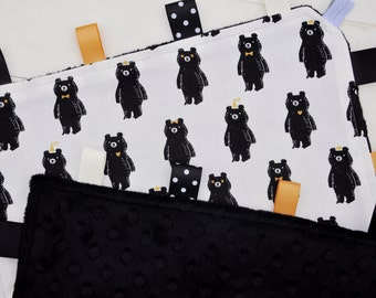 Tag / Lovely Blanket - Ribbon Blanket - Gender Neutral - Bear Hug with Black Minky