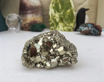Pyrite cluster, Fool's gold, Large pyrite chunk, Pyrite palm stone, Pyrite crystal cluster, Raw rough pyrite, Natural pyrite, Energy stone