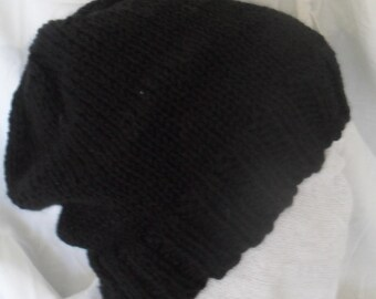Chunky black knitted slouchy hat