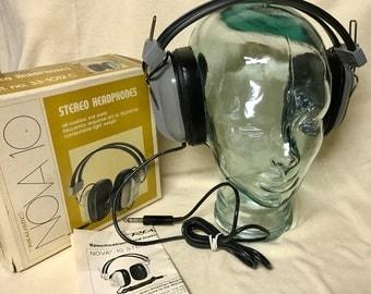 Vintage Headphones - Realistic Nova-10 Stereo Headphones