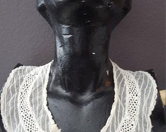 Cream Vintage Collar