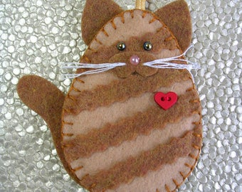 Cat Ornament, Ginger Tabby Cat Ornament, Orange Tabby Cat Ornament, Felt Tabby Cat Ornament, Cat Christmas Ornament
