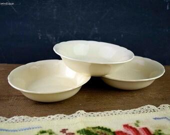 Set of 3 Vintage 1930's Alfred Meakin England China Plain Cream Color Small Cereal/Fruits/Dessert/Porridge Bowls