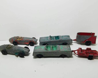Free Shipping!! Tootsietoy Car and Trailer Lot