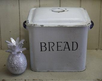 Vintage Enamel Bread Bin - Handle Lid