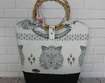 Purse - handbag -tote bag - tilly day tore - vintage inspired - bengal tiger tote bag - bamboo handles