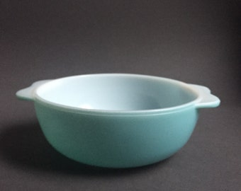 70's Turquoise Blue Pyrex Casserole Bowl Casserole Dish Serving Bowl Retro Tableware Ovenproof Bowl Vegetable Dish Cookware Made in England