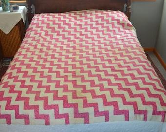 Vintage Zigzag Quilt Top
