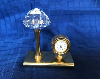 Miniature clock with stone