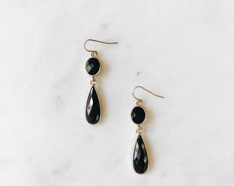 Vintage Black Stone Teardrop Gold Dangle Drop Earrings