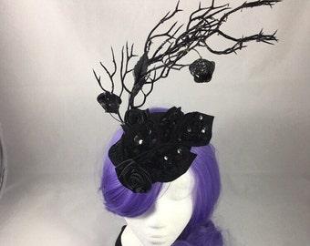 Black fascinator, black crown, gothic wedding, gothic headpiece, black lace crown, black wedding, black queen crown, evil queen costume
