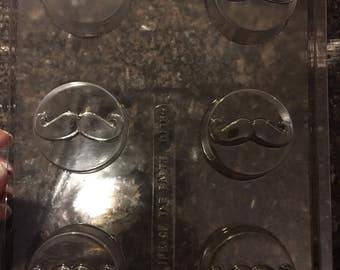 Mustache Oreo chocolate mold (d116) 12 in stock re order 1 week lead time.
