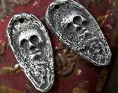 Handcast Skull Charms Pewter Jewelry Supplies No. 17CD