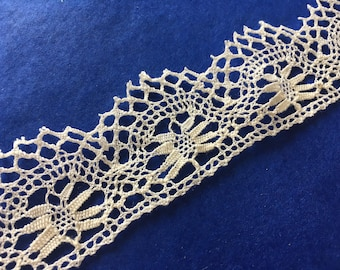 French vintage handmade lace trims, bobbin lace braid borders
