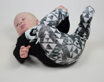 Stacked Triangle Baby Leggings