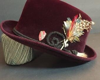 Vintage Stylish Dobb's Velvet Fedora Hat with Feather Adornment