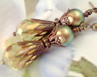 Iridescent Green Swarovski Pearls, Crystal and Swarovski Pearl Earrings, 8 MM Swarovski Pearls, Crystals and Pearls, Vintage Earrings, Boho