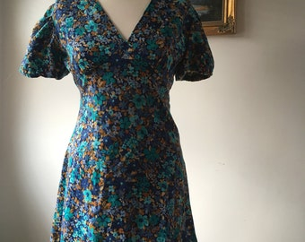 Custom Made 1960s Floral Dress- Mini Length with Puff Sleeves- Approx Size 8-10-GC