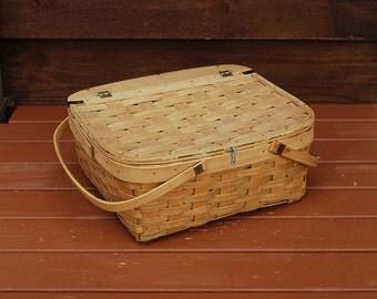 Pie Basket, Vintage Pie Storage Basket, Dessert Carrying Basket, Pie Keeper Basket, Picnic Hamper, Picnic Basket