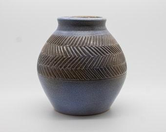 grey modern vase | etsy, Hause ideen