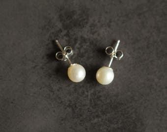 7mm White round pearl earrings Bridal Earrings Pearl stud earrings sterling silver posts Wedding Anniversary Gift Heirloom Jewelry