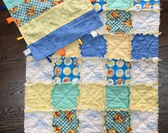 Winnie the Pooh baby rag quilt & taggie set