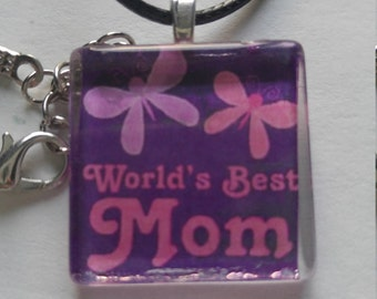 World's best mom charm/world's best mom necklace