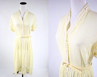 1950's Buttercup Yellow Lace Button-up Short-sleeve Dress w/ Belt