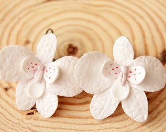 Orchid earrings, white flower, Bridal earrings, romantic earring, gift for her, polymer clay, wedding earrings, white orchid jewelry