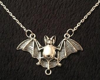 80p UK P&P Bat Necklace Steampunk pendant death bat A7X inspired animal charm chain silver