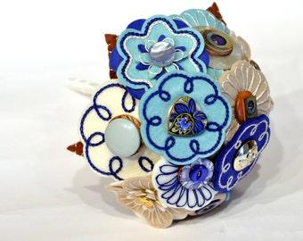 Cream Blue and Beige Bouquet / Felt hand embroidered wedding flowers / everlasting bouquet / Bridal heirloom / Button Bouquet / Bridesmaid