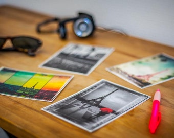 Set of 30 postcards of Paris