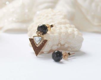 Gold plated stud earrings with onyx and howlite