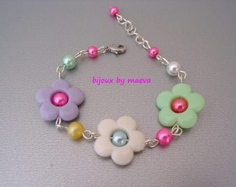 Children's jewelry / teenager bracelet beads multicolored flowers