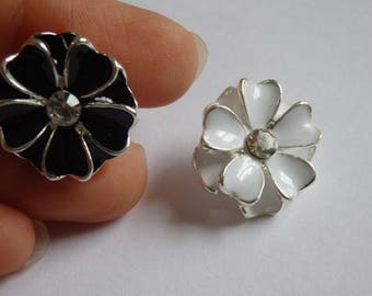 2 black and white flower buttons button rhinestone diamante upholstery sewing craft