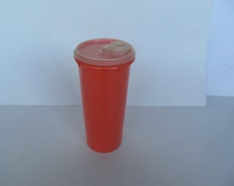 Vintage Tupperware 1 qt. Beverage container - tangerine with clear/ white  tight lid