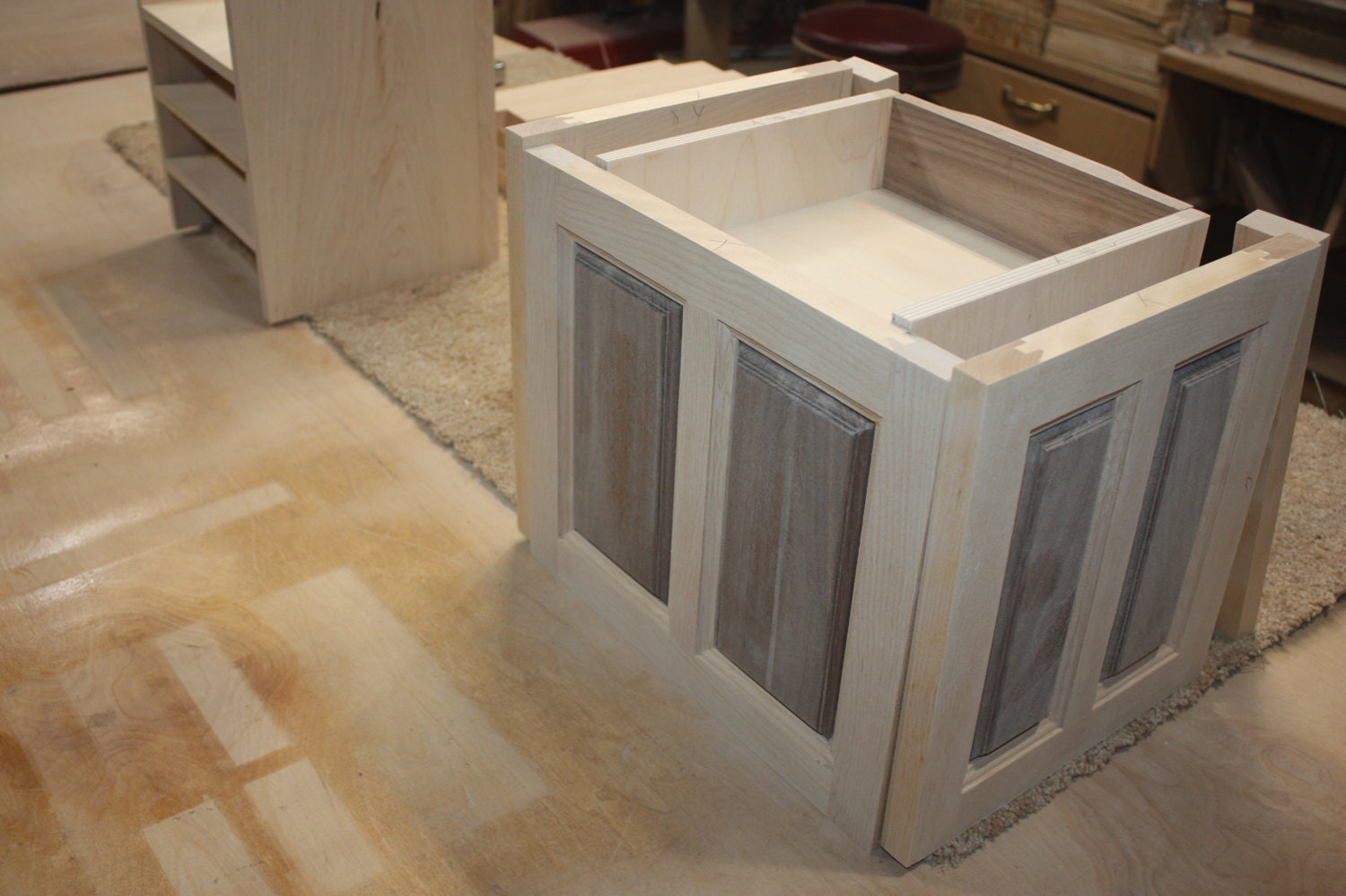 Making a Jewelry Box with Swing Out Sides for Necklaces